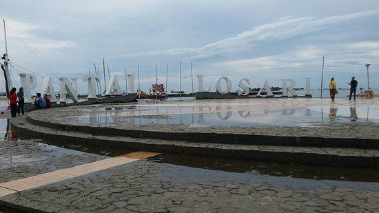 Pantai Losari Picture Beach Makassar Tripadvisor Kota