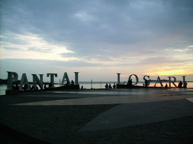 Pantai Losari Wisata Indonesia Timur Sepanjang Kota Makassar