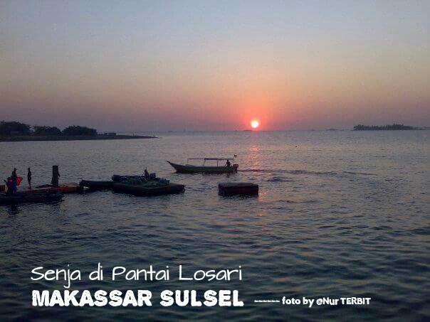 Teka Teki Seputar Pantai Losari Makassar Nurterbit Panorama Senja Hari