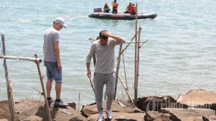 Foto Pencarian Warga Afganistan Tenggelam Tanjung Bayang Mig1 20161114 191435