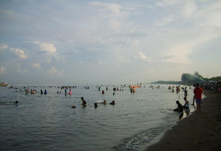Pantai Tanjung Bayang Destinasi Menarik Habiskan Libur Sportourism Panjang Kota