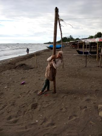 Tanjung Bayang Beach Makassar Indonesia Review Pantai Kota