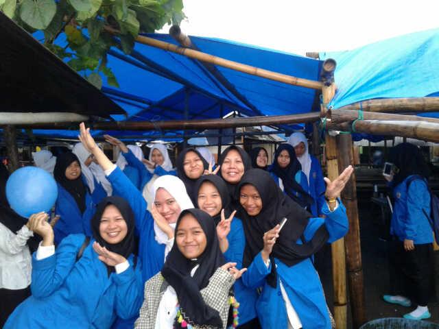Tanjung Bayang Kota Makassar Menuju Pantai Berjarak Sekitar 4 Km