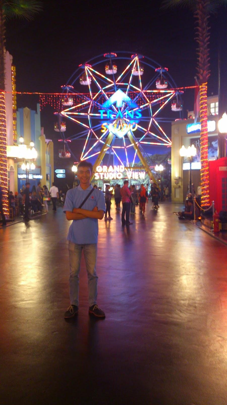 Tito Trans Studio Makassar Theme Park Indoor Pertama Indonesia Menjadi