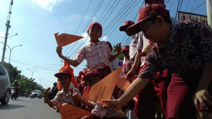 Sambut Adipura Pelajar Makassar Terpaksa Tidak Belajar Tribun Timur Tugu