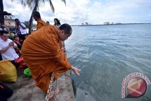 Tugu Adipura Dibangun Losari Antara News Makassar Tradisi Fang Seng
