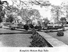 Budaya Indonesia Sisa Peninggalan Kompleks Makam Raja Tallo Ujung Tanah