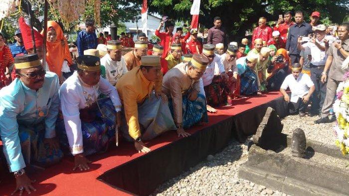 Hut 410 Makassar Pemkot Ziarah Makam Raja Tallo Lihat Videonya