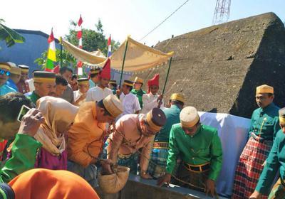 Hut Makassar Dirangkai Ziarah Makam Raja Tallo 410 Danny Deng