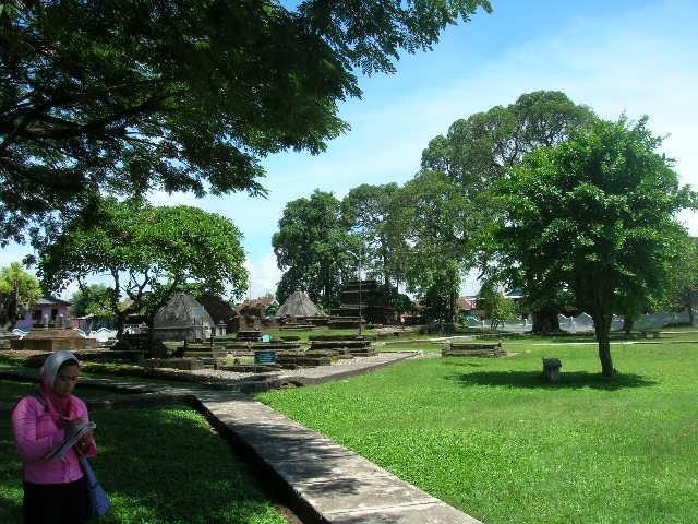 Profiles Objek Wisata Sejarah Makam Raja Tallo Ziarah Kota Makassar