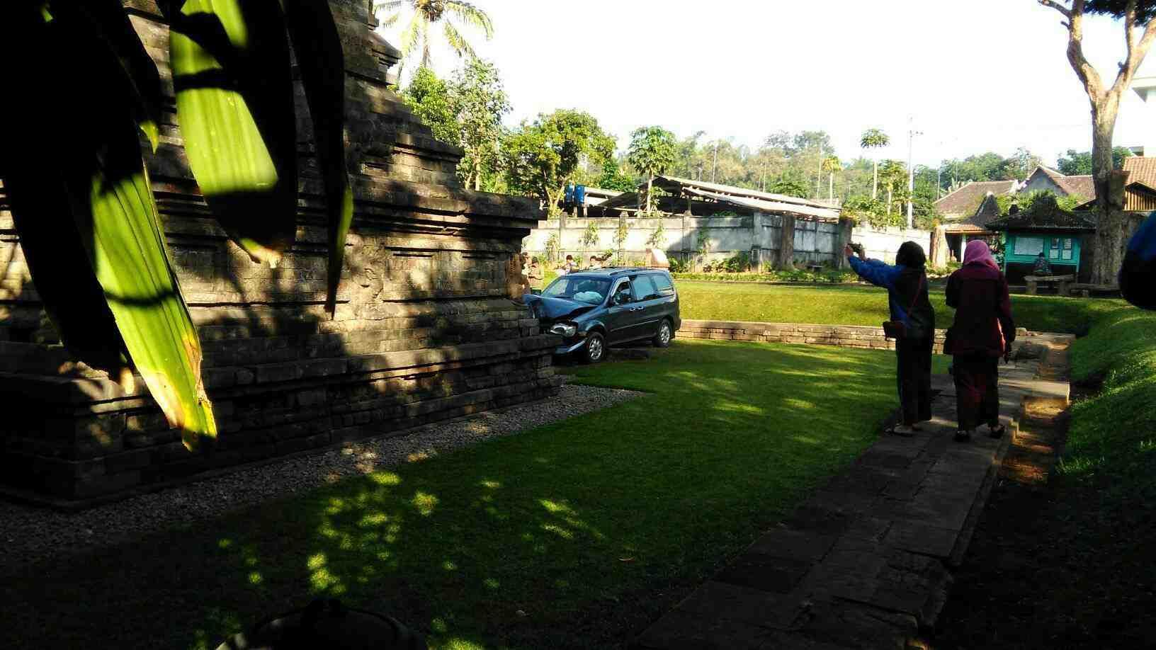 Pengemudi Mobil Tabrak Situs Candi Kidal Malang Alami Halusinasi Sumberawan