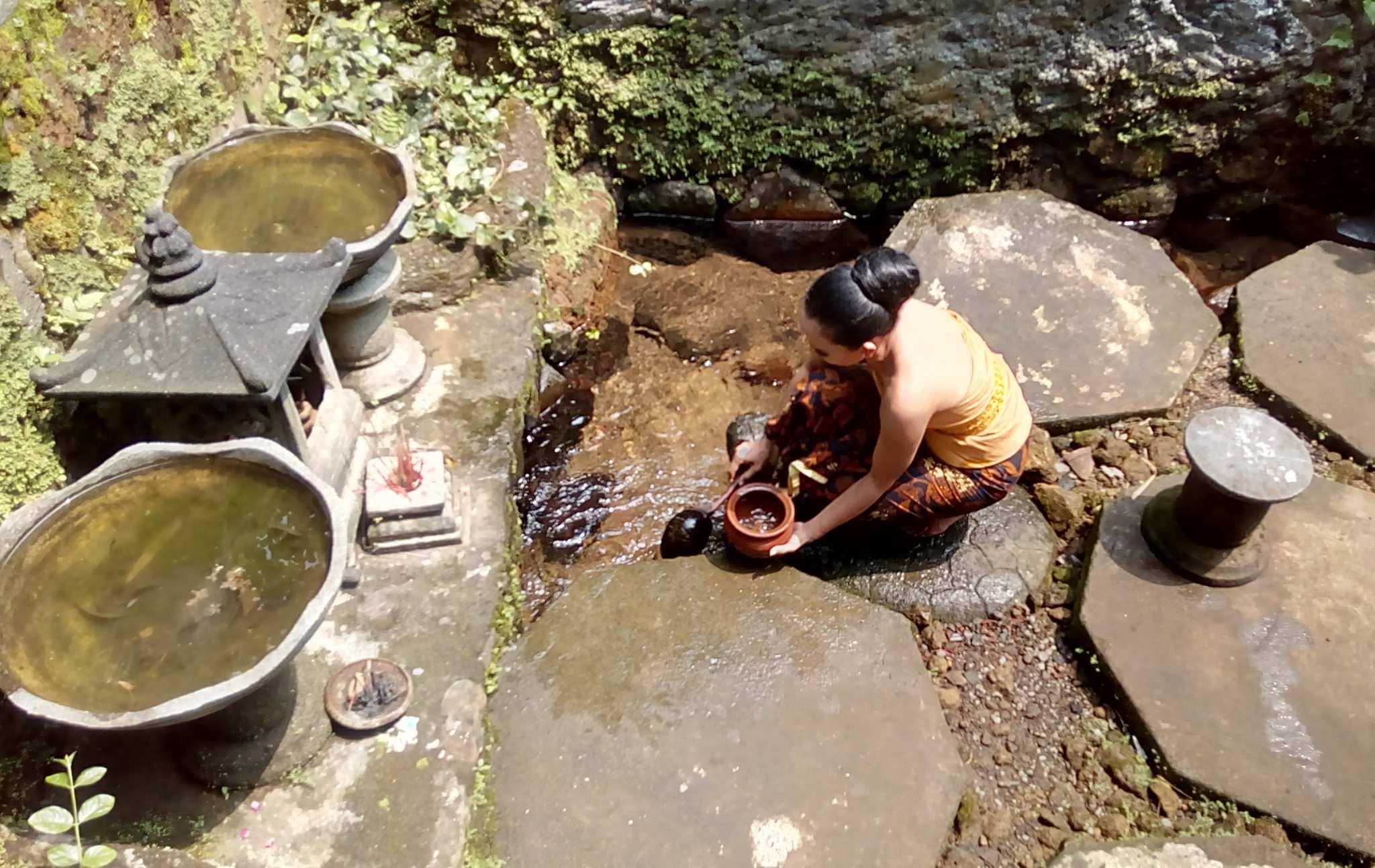 Sumber Air Candi Sumberawan Terakota Kota Malang