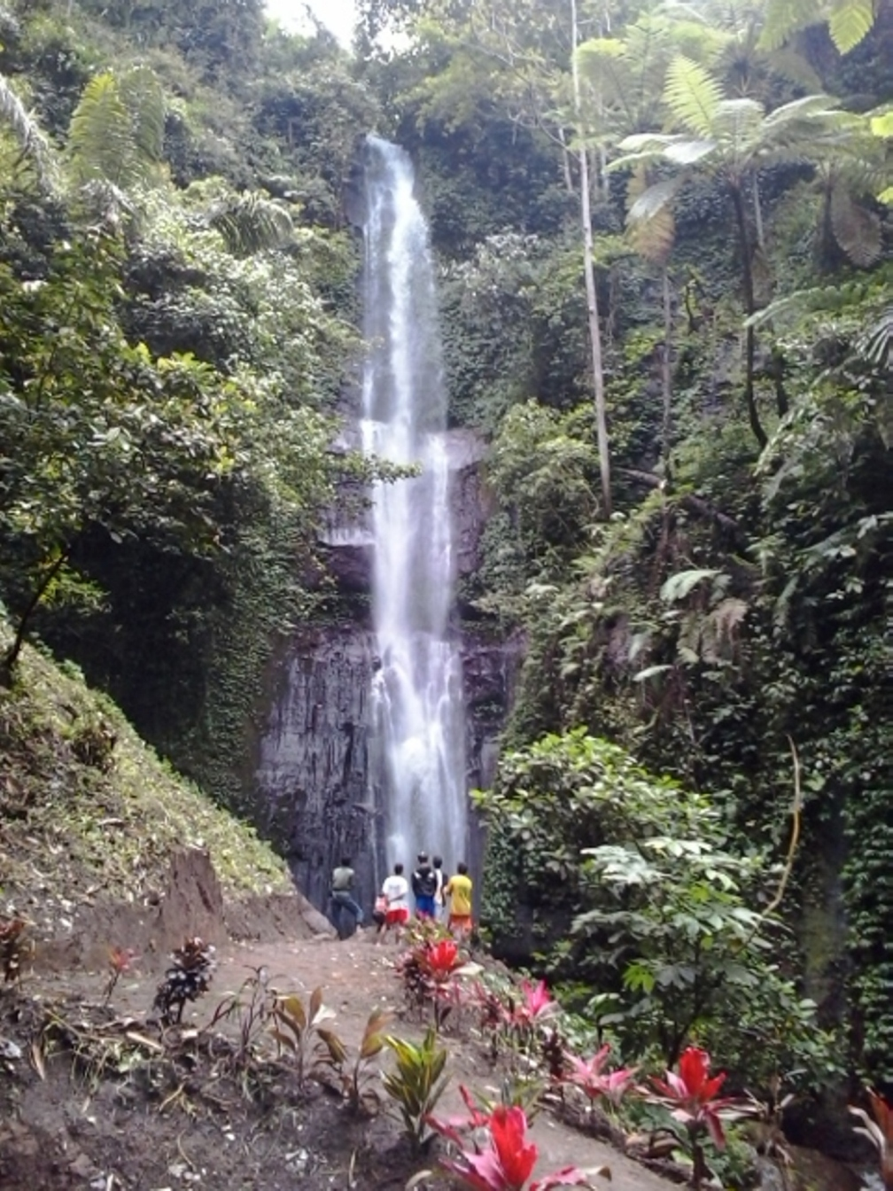 Coban Baung Air Terjun Anyar Eksotis Wisata Malang Gunung Kawi