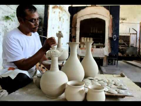 Cinderamata Keramik Dinoyo Youtube Kampung Kota Malang