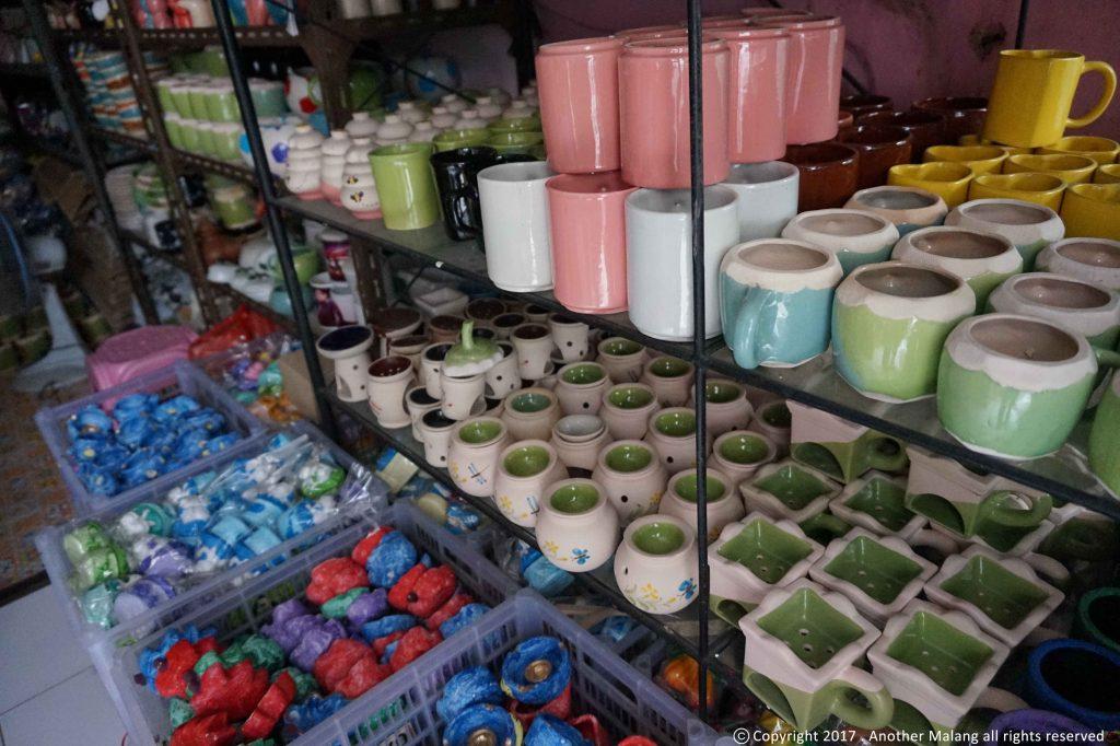 Kampung Wisata Keramik Dinoyo Legendaris Menyambut Berbagai Macam Hasil Produksi