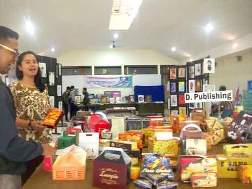 Kenalkan Branding Keramik Dinoyo Malang Kampung Menjadi Salah Satu Kebanggaan