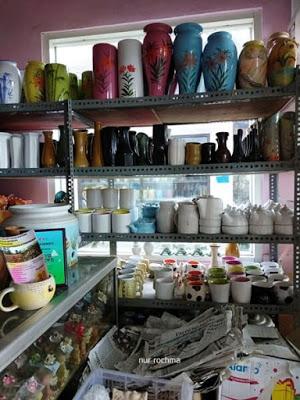 Lovely Mom Belanja Keramik Cantik Unik Mampir Showroom Dinoyo Kampung