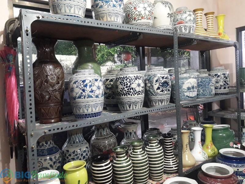 Pusat Kerajinan Keramik Dinoyo Malang Kuliner Rental Mobil Kampung Kota