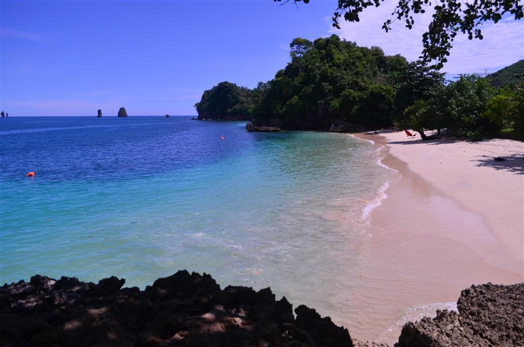 10 Pantai Terindah Malang Pemandangan Alamnya Tiga Warna Kota Clungup