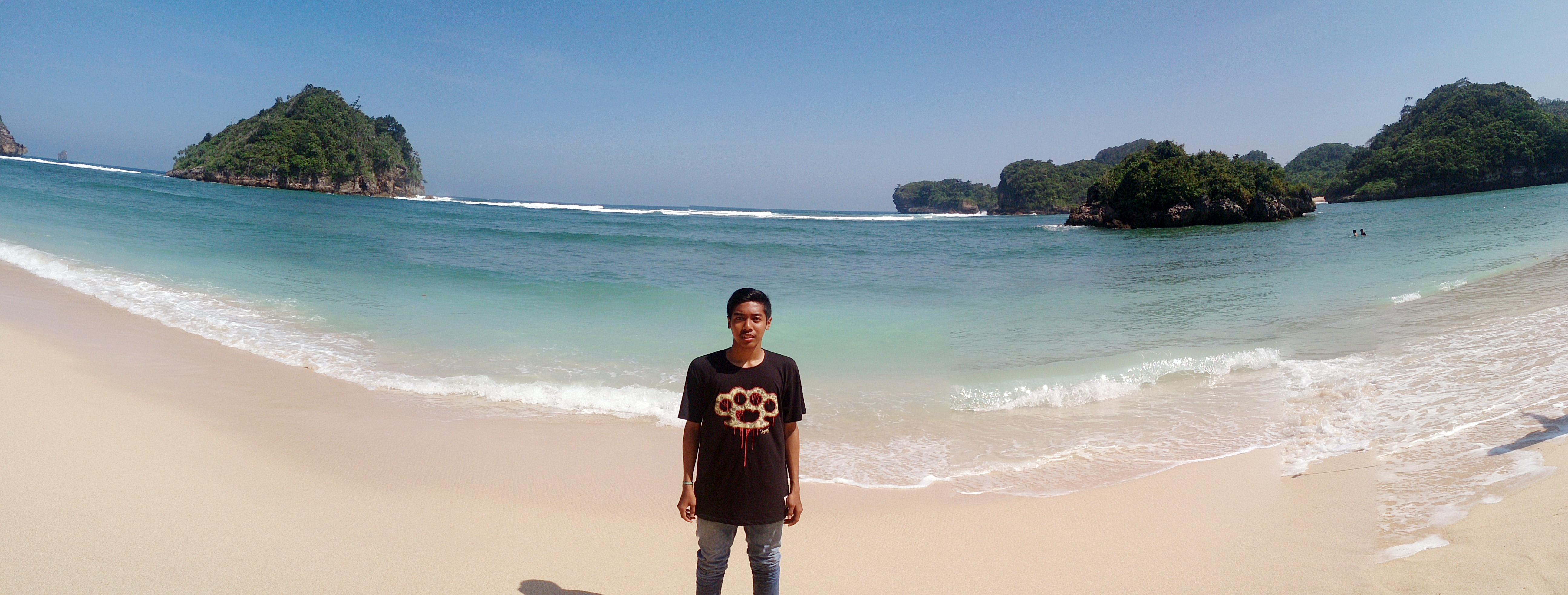 4 Wisata Pantai Kota Malang Rifki Ainul Riza Gatra Clungup