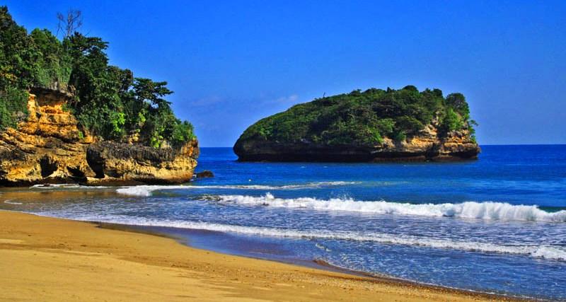 Indahnya Pantai Malang Jawa Timur Trip Jalan Berwisata Kondang Merak