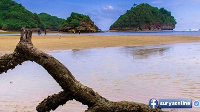 Lihatlah Pantai Clungup Raja Ampatnya Malang Surya Kota