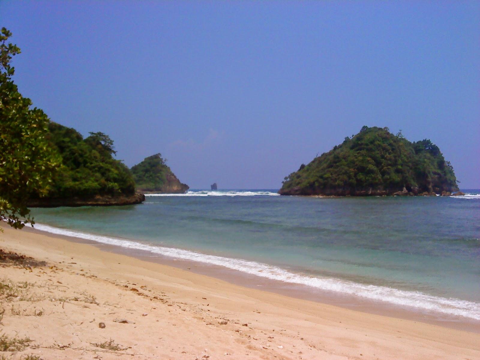 Pantai Clungup Keindahan Tersembunyi Malang Selatan House Kota