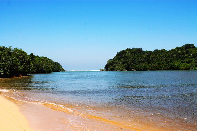 Pantai Clungup Malang Keindahan Harga Tiket Masuk Wisata Kota