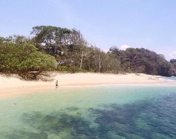 10 Tempat Wisata Alam Malang Ngehits Pantai Kedung Celeng Kota