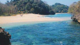 Eksotisme Pantai Kedung Celeng Malang Amazing Kota