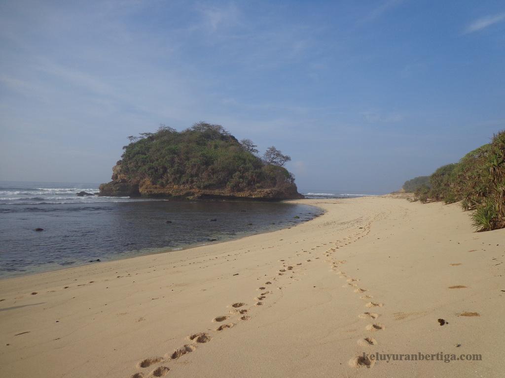 Exploring Beauty Nusantara Touring Pantai Kawasan Sumber Celeng Malang Part