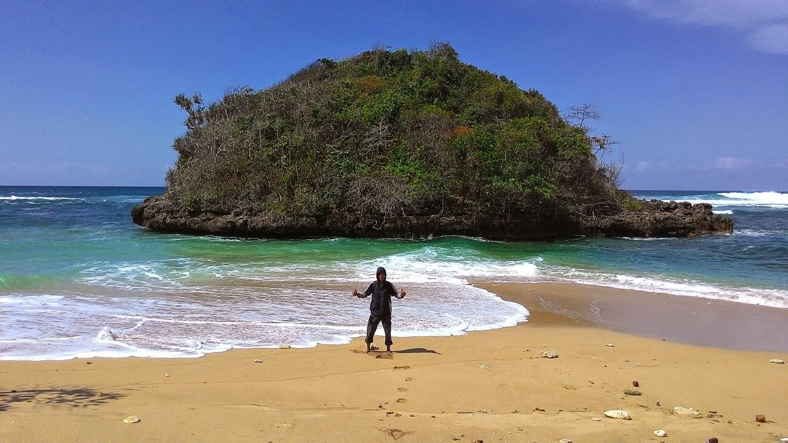 Jejak Kecilku Pantai Kedung Celeng Malang Selatan Nama Lokasi Dusun