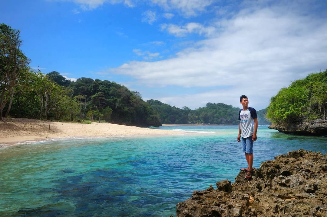 Kedung Celeng Malang Rute Jalan Harga Tiket Masuk Terbaru Pantai