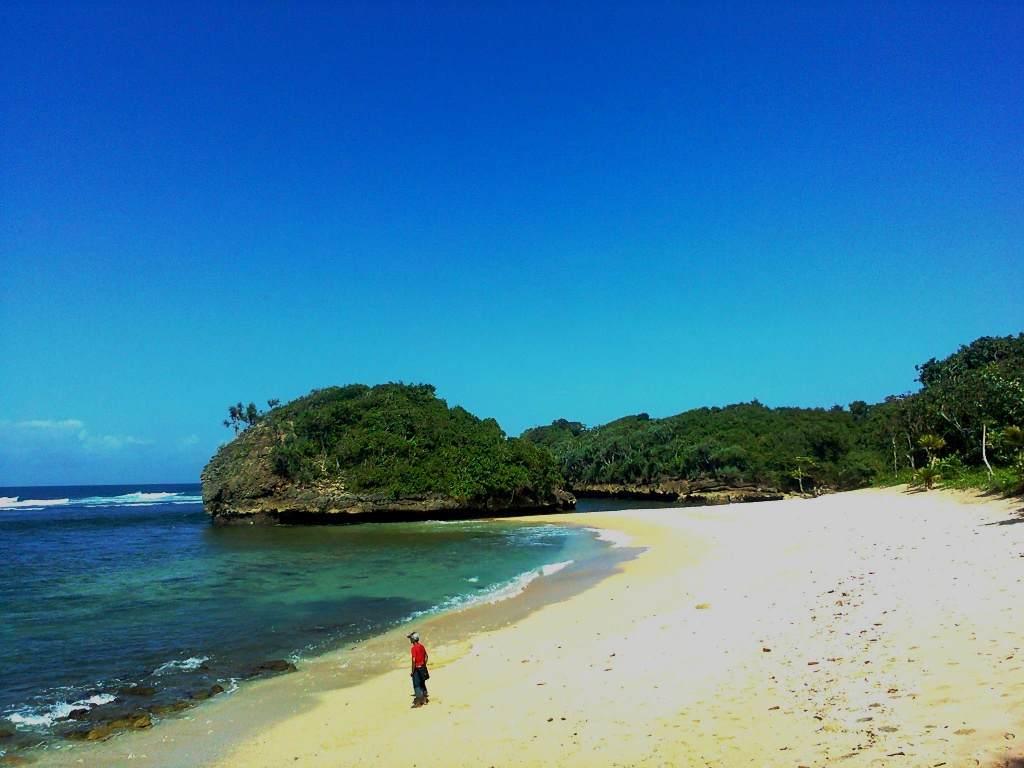 Kedung Celeng Objek Wisata Malang Unik Populer Pantai Kota
