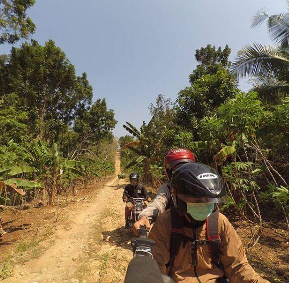 Keindahan Pantai Tersembunyi Kedung Celeng Malang Jawa Timur Hutan Kota