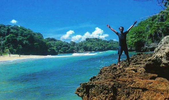 Keindahan Pantai Tersembunyi Kedung Celeng Malang Jawa Timur Kota