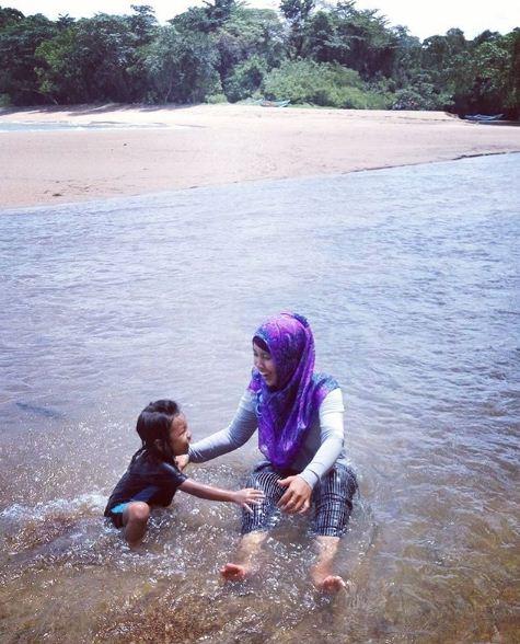 Keindahan Pantai Tersembunyi Kedung Celeng Malang Jawa Timur Wisata Keluarga