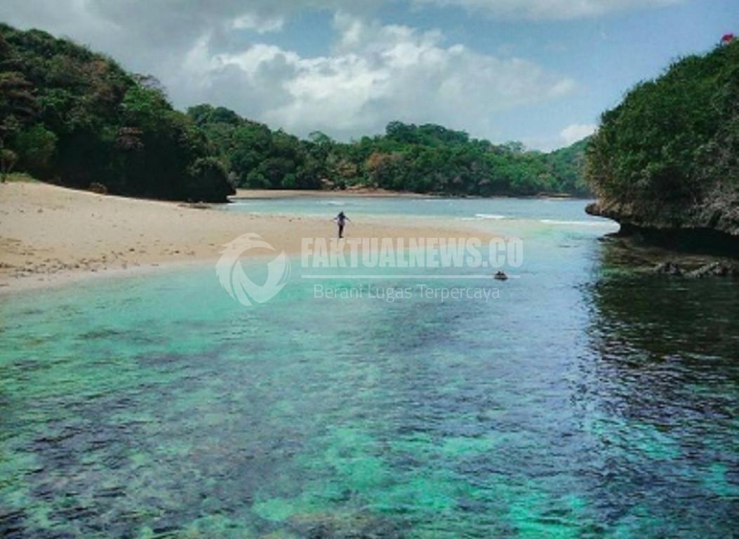 Menjelajahi Pantai Kedung Celeng Ujung Selatan Kabupaten Malang Kota