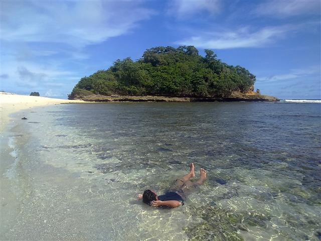 Pantai Pulodoro Malang Langkah Kecilku Sebelumnya Membahas Kedung Celeng Terletak