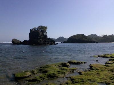 10 Foto Pantai Kondang Merak Malang Selatan Jawa Timur Lokasi