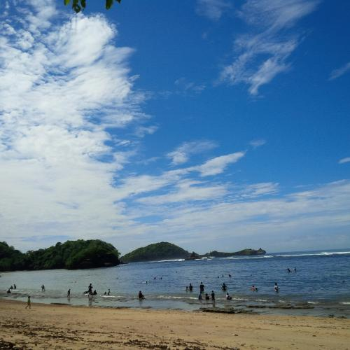 Aman Bagi Anak Potensi Keindahan Pantai Kondang Merak Kota Malang