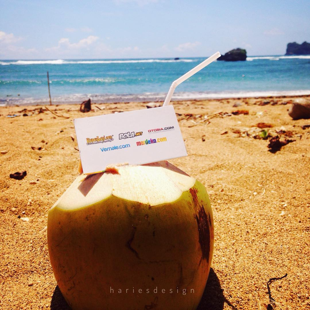 Jelajah Pantai Malang Selatan Kondang Merak Batu Bengkung Lihat Instagram