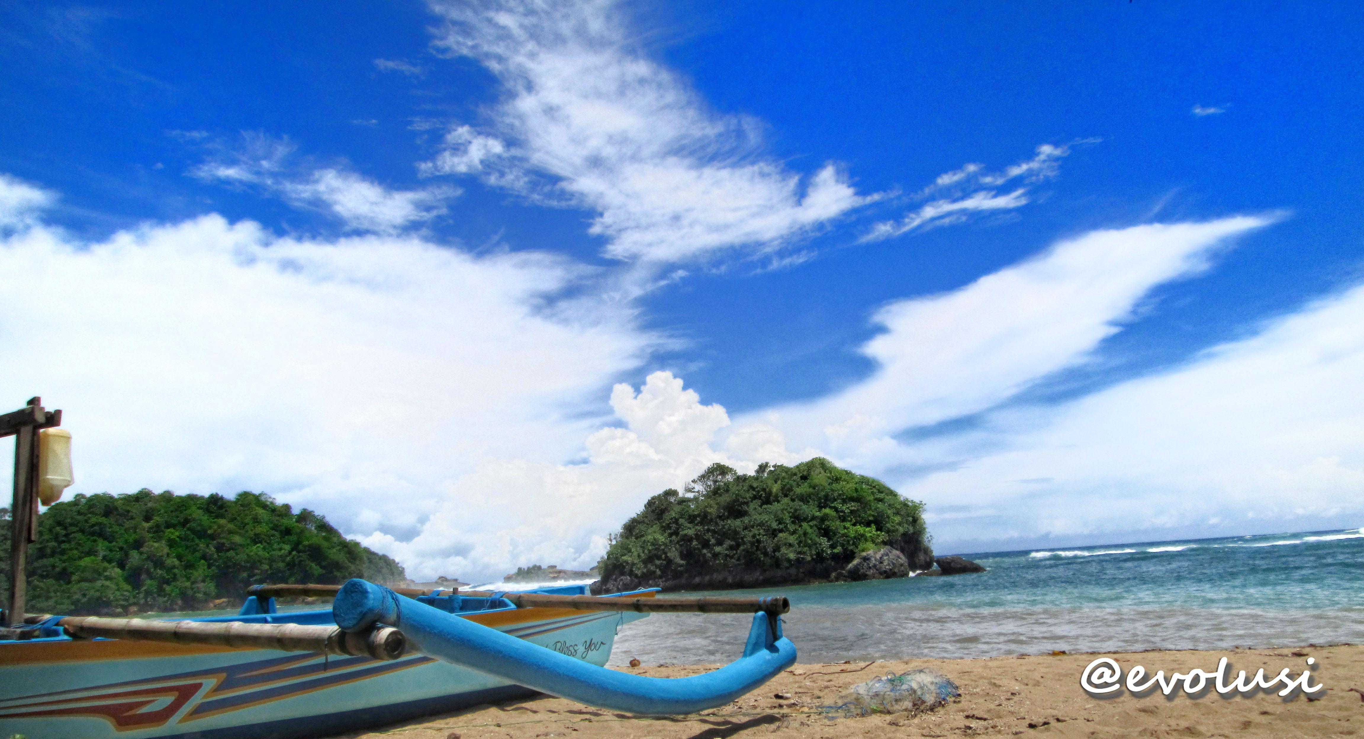 Mengintip Potensi Keindahan Wisata Alam Pantai Malang Kondang Merak Indah