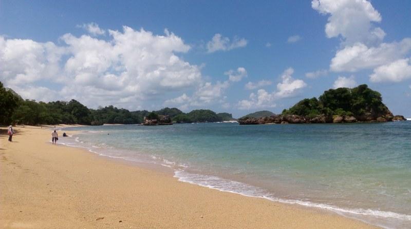 Menikmati Keindahan Pantai Kondang Merak Malang Selatan Akulily Kota