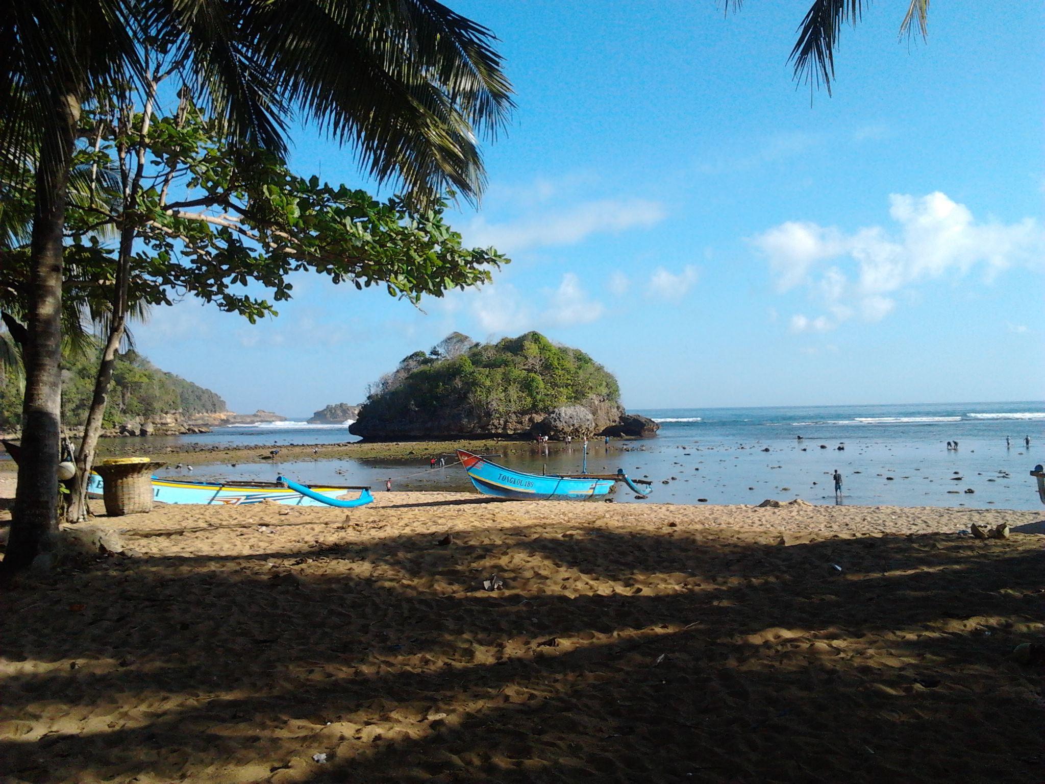 Pantai Kondang Merak Malang Pinterest Kota
