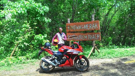 Pantai Kondang Merak Picture Beach Malang Kota