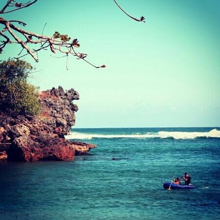 Wisata Air Pantai Kondang Merak Picture Beach Kota Malang