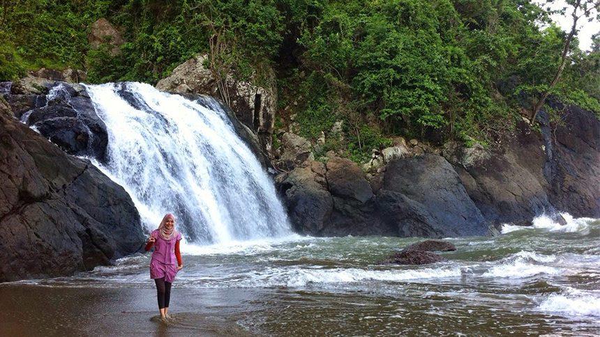 Banyu Anjlok Pantai Lenggoksono Coban Kota Malang
