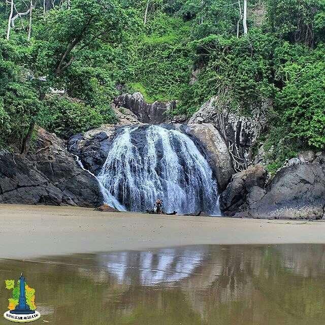 Banyu Anjlok Pantai Lenggoksono Lingkar Malang Coban Kota