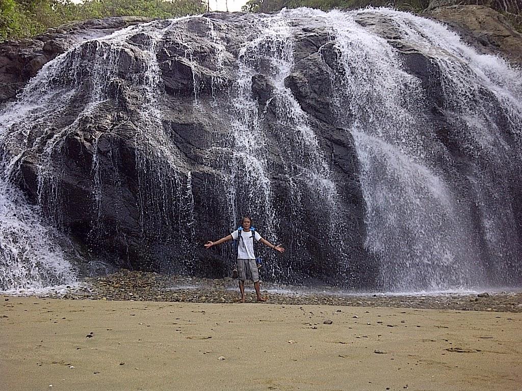 Ferdy Waterfall Pantai Banyu Anjlok Air Terjun Terletak Dusun Purwodadi
